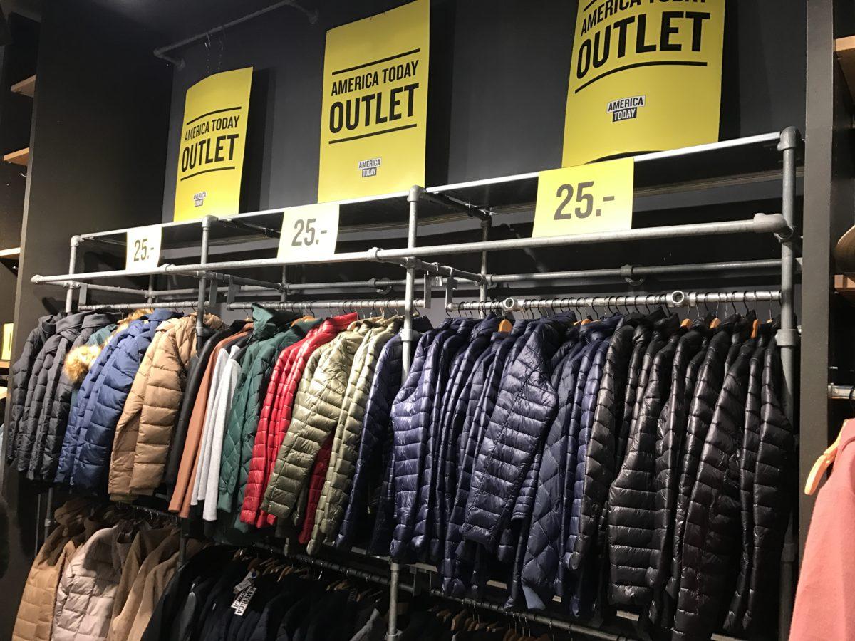 Retail Store Rails